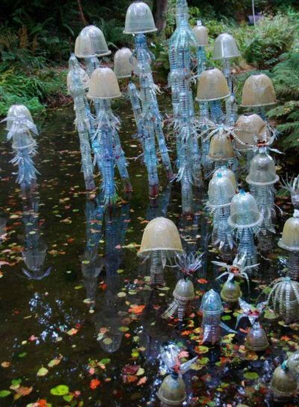 Astro Turf Garden >> David Kemp » Garden of Plastic Delights